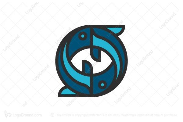 Yin Yang Sushi Logo
