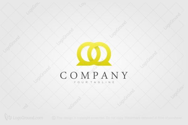 Q Q Luxury Logo