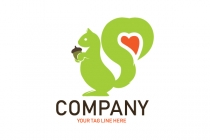 Squirrel Heart Logo