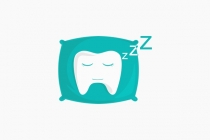 Sleepy Tooth Logo