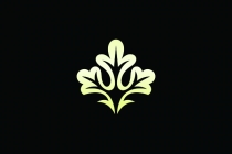 Luxury Oak Logo