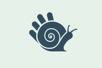 High Five Snail Logo