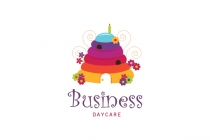 Beehive Daycare Logo