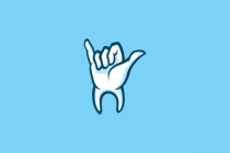 Shaka Dental Logo
