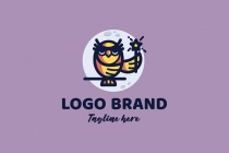 Magic Golden Owl Logo