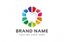 Dental Creative Logo